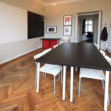 w pełni wyposażona sala szkoleniowa koło Wawelu idealna na szkolenia, kursy, zajęcia językowe